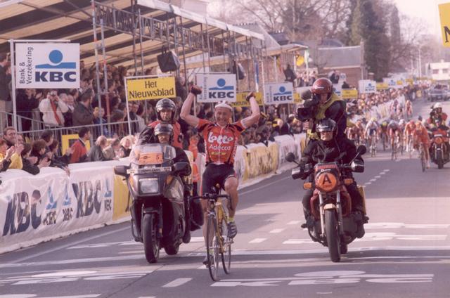 2000-flander-tchmil-finish.jpg
